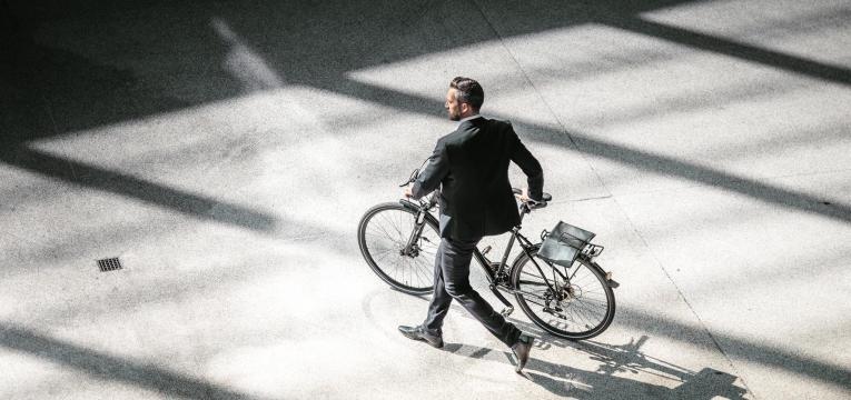 trabalho de bicicleta