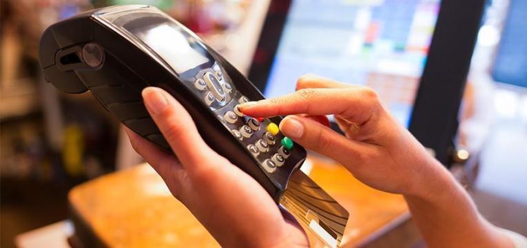 melhor-forma-de-pagar-compras-no-estrangeiro