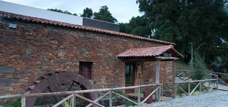tesouros-escondidos-em-portugal_Mosteiro