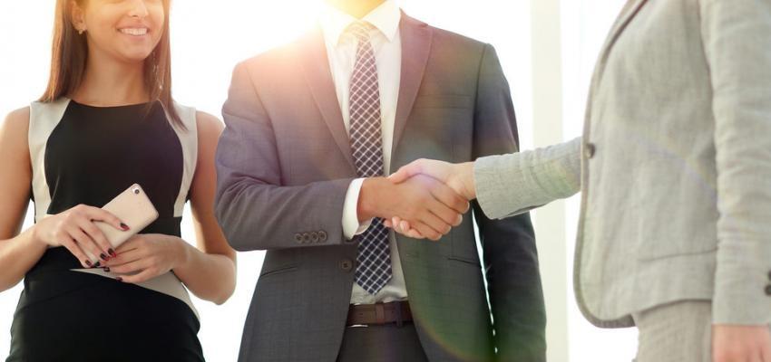 20 dicas de etiqueta para uma entrevista de emprego