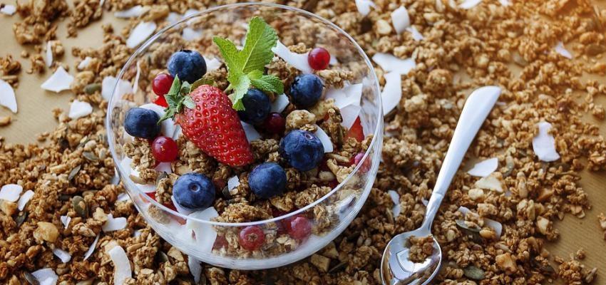 Granola caseira: 5 receitas cheias de sabor