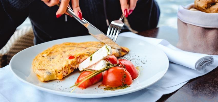 5 receitas de omelete de forno que vai querer aprender a fazer