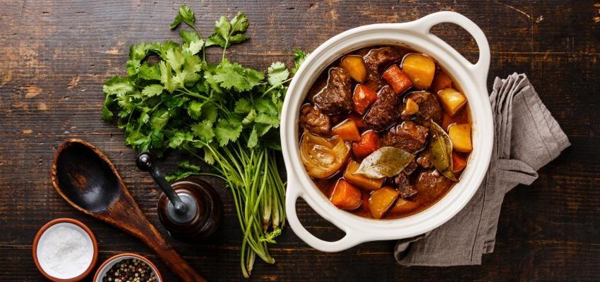 Aprenda como fazer carne estufada bem tenra e macia