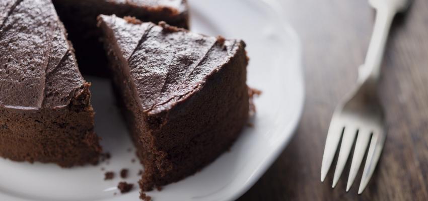 Bolo de chocolate light: uma tentação com zero açúcar