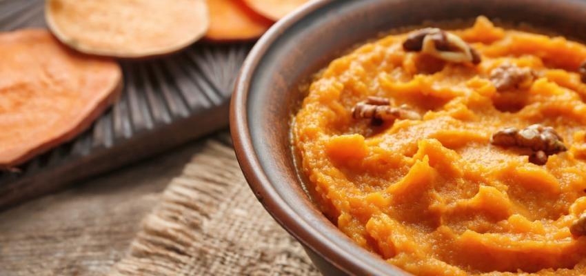 3 receitas de puré de batata-doce que acompanham bem qualquer prato