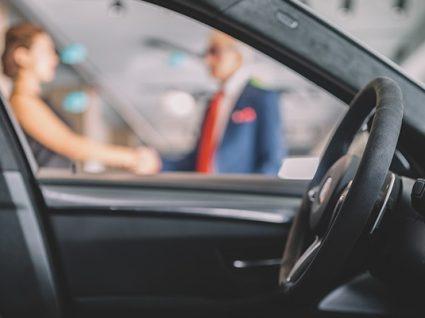 Carros de serviço: o que precisa de saber antes de comprar