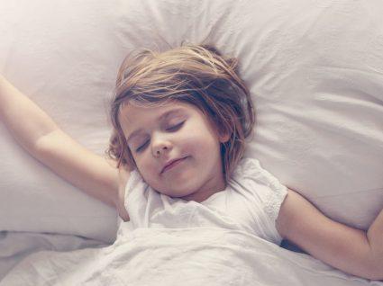 Até que idade devem as crianças dormir a sesta?