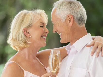 Prendas para bodas de ouro: 11 dicas incríveis
