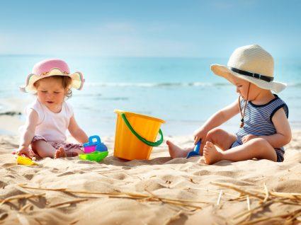 Proteger o bebé do calor é importante. Saiba como fazê-lo!