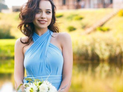 5 dicas de estilo para levar o mesmo vestido a vários casamentos (sem culpa!)