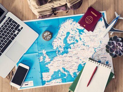 20 dicas essenciais para poupar nas viagens