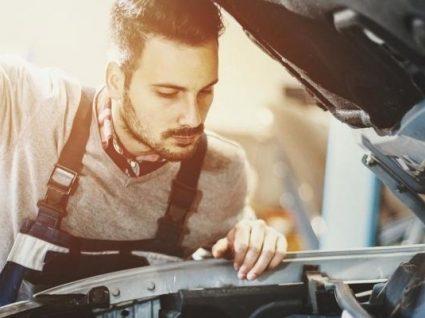 4 avarias mais frequentes em carros que podem reparadas em casa