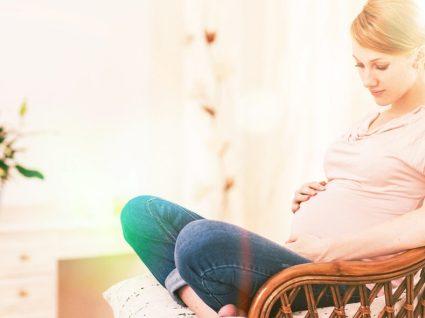 Contrações na gravidez: saiba como identificá-las e como aliviar a dor