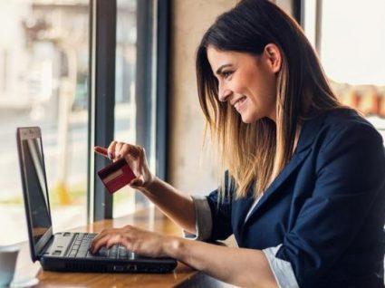 Comprar carteiras de senhora online: 11 sites a não perder