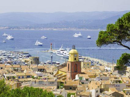 Praias na Riviera Francesa, a elegância no topo do Mediterrâneo