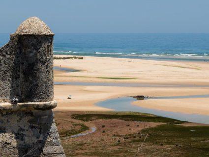 As 5 praias mais quentes do Algarve ficam no sotavento algarvio