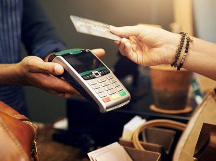 Serviço de contactless nos cartões: o que é e como funciona