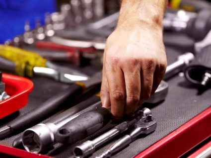 O que ter na caixa de ferramentas para carros