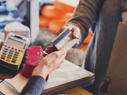 Conheça as vantagens fiscais do cartão de refeição