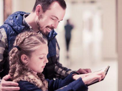 Saiba o que fazer no fim de semana com filhos: sugestões para pais sem ideias