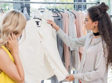 Comprar roupa de supermercado vale a pena?