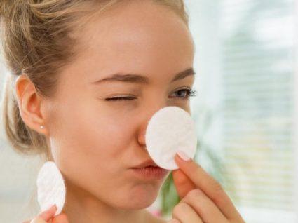 6 coisas que acontecem quando não hidrata a sua pele