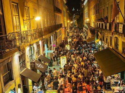 Roteiro pela noite de Lisboa: saiba onde começar e acabar a noite