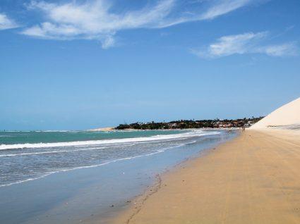 Praias brasileiras baratas: 10 opções económicas no país do samba