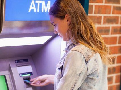 Caixas ATM: fuja das comissões-surpresa