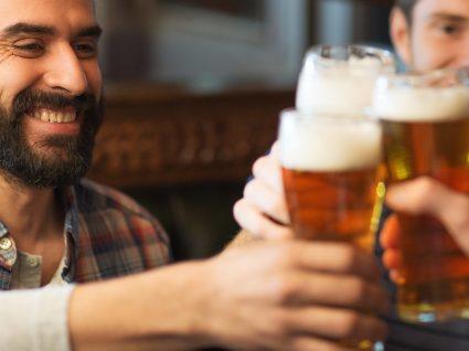 6 sítios do mundo onde se bebe cerveja mais barata