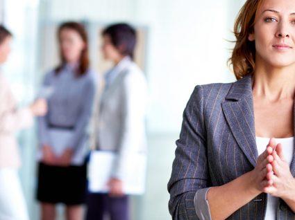 10 inspirações de looks para levar a entrevistas de emprego