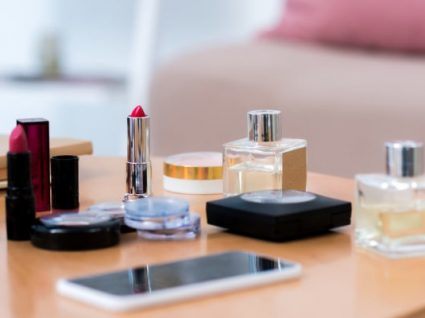 Os 5 melhores truques para organizar a maquilhagem
