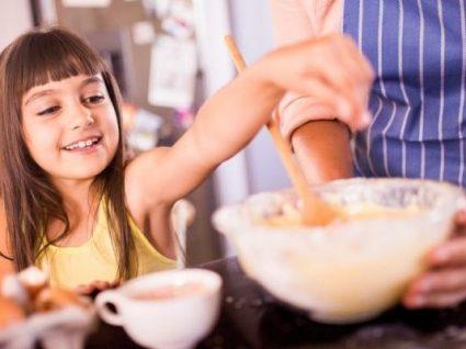 Atenção, Pais! Temos 4 receitas para ensinar os miúdos a cozinhar