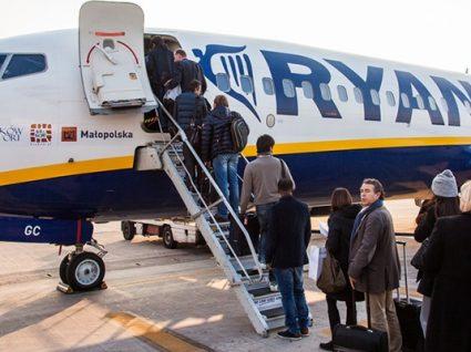 Ryanair vai passar a cobrar até 10 euros por bagagem de mão