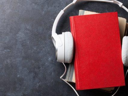 5 audiobooks para ouvir no trânsito e usufruir da viagem