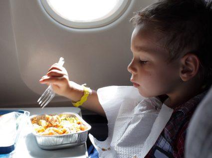 Snacks para levar no avião: 8 sugestões boas e saudáveis