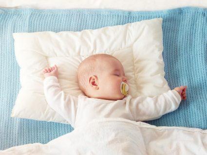 Afinal, qual é a melhor posição para o bebé dormir?