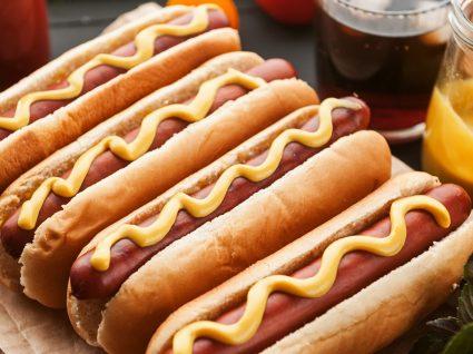 Temos receitas de cachorro quente especiais, diferentes e deliciosas