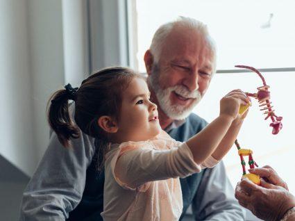 Avós ou infantário: qual a melhor opção?