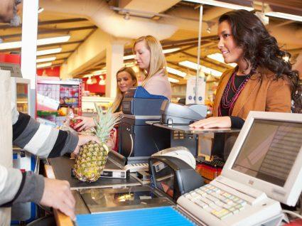 Este é o segredo para escolher sempre a fila mais rápida no supermercado