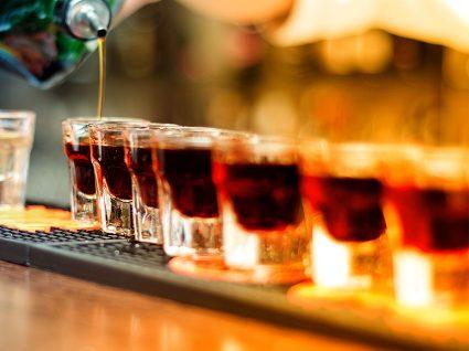 7 tipos de cancro associados ao consumo de álcool