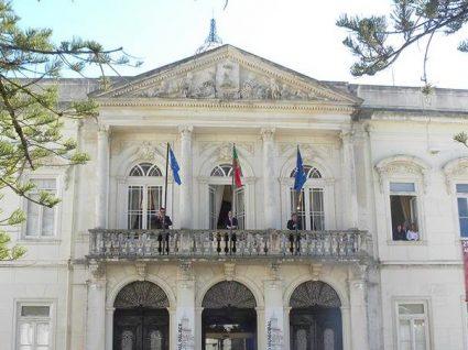 Câmara de Alenquer tem 20 vagas em aberto