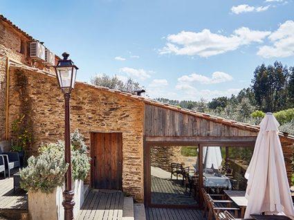 Alojamento em Vila de Rei: visite o Centro Geodésico de Portugal