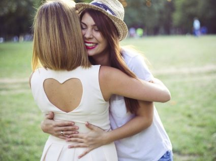 Ter muitos amigos influencia a resistência à dor