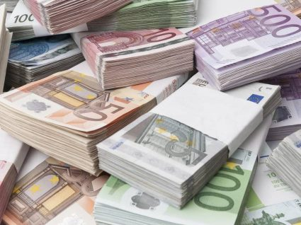 Apreendidas quase 8 mil notas falsas em Portugal