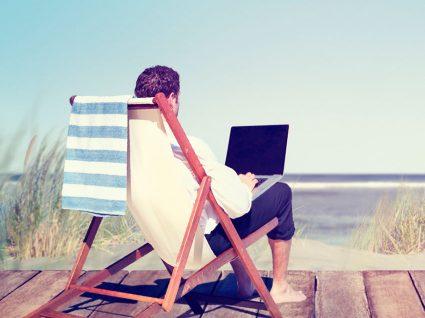 5 Dicas para aproveitar o verão quando tem de trabalhar