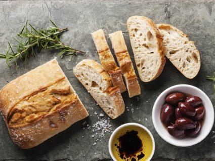 5 receitas simples e baratas para aproveitar pão