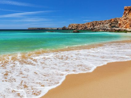 6 benefícios da água do mar que vai querer conhecer