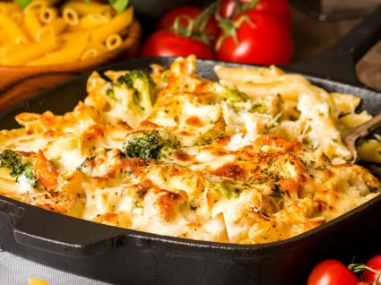 Macarrão com batata-doce e queijo [com vídeo]