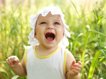 Guia essencial do bebé: tudo o que precisa para o 11º mês